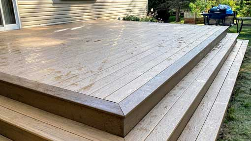 composite-decking vs wood