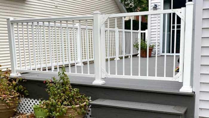 westbury-railings-deck-building